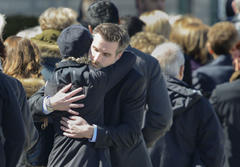 Dunsmuir tragedy: Surviving son greets mourners at viewing